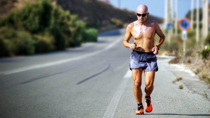 futás az országúton
