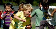 utánpótlassport - vidám sportoló gyerekek