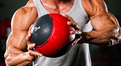 izmos férfi labdával