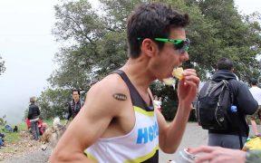 sportló eszik - szénhidrátbevitel