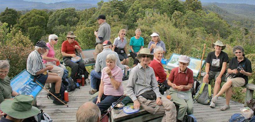 aktív idősek - túrázás