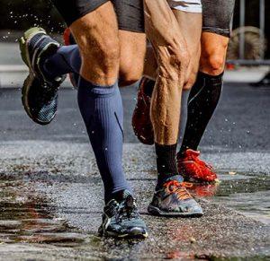 Kompressziós zokni futókon