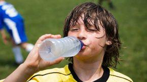 folyadékpótlás hőségben - utánpótlássport