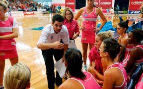 sportoló nők, férfi edző